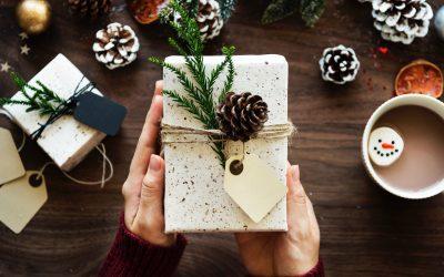 Reiki a los regalos y felicitaciones de navidad